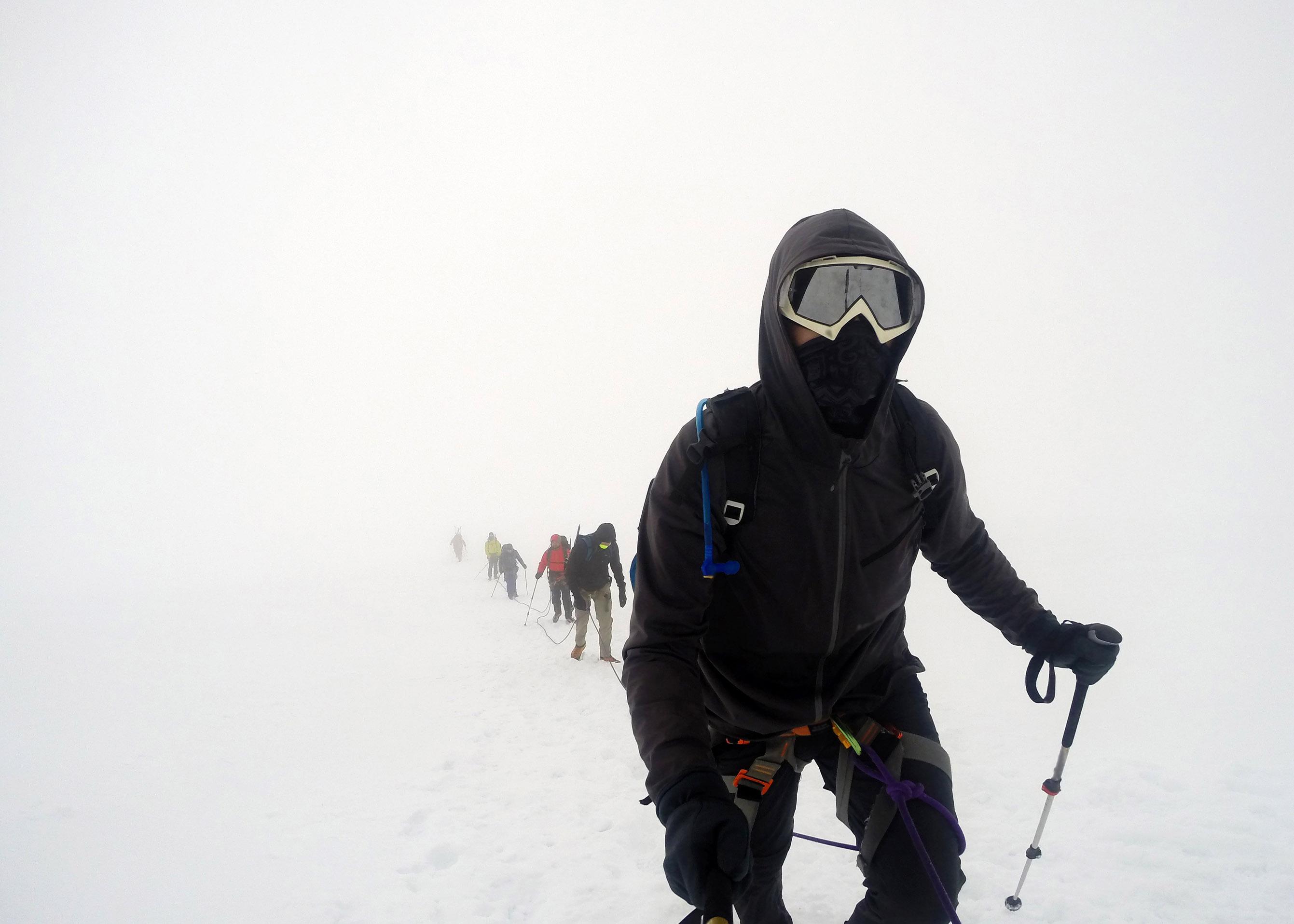 Group Hiking the glacier Hvannadalshnukur highest summit in Iceland mountain landscape Vatnajokull park 7