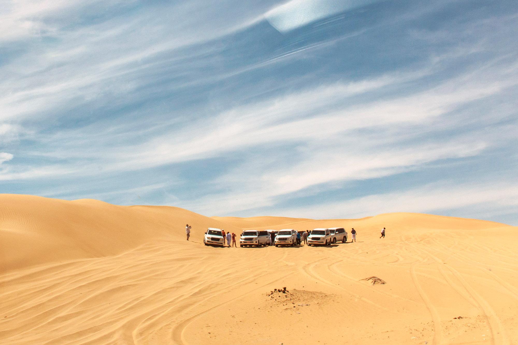 Jeeps traditional Safari Dune Bashing with tourists Oman Ubar in Desert Rub al Khali 11